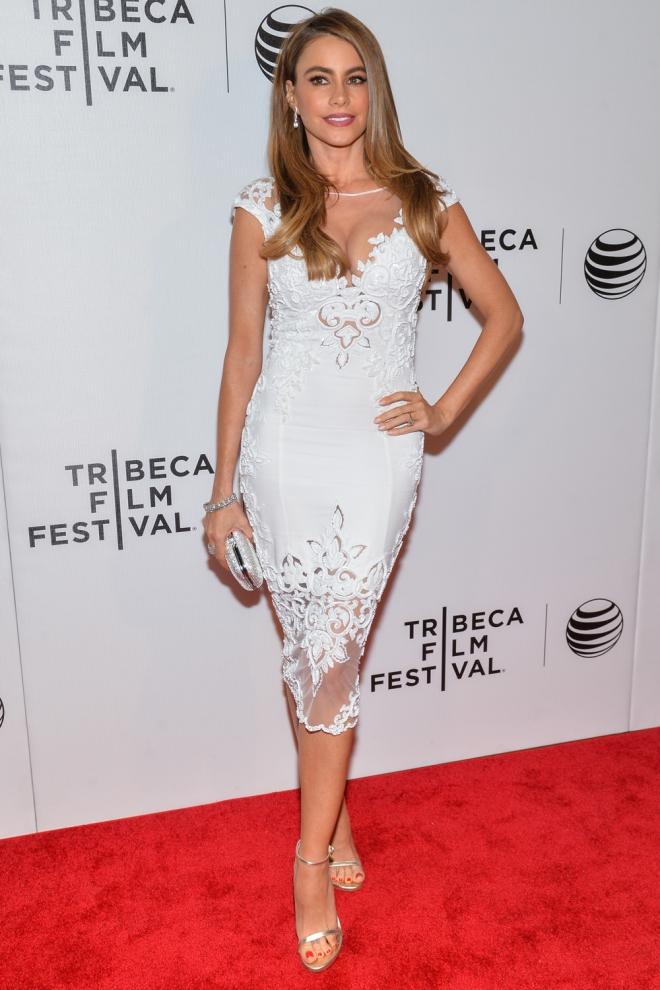 Sofía Vergara, la latina más exuberante se viste de blanco