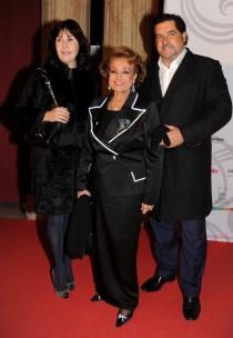 Carmen Sevilla y Carmen Martínez Bordiú, juntas con José Campos
