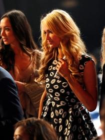 Paris Hilton no se perdió los iHeart Radio Music Awards 2014