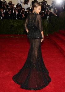 Beyoncé y el horror de las transparencias en los MET 2014