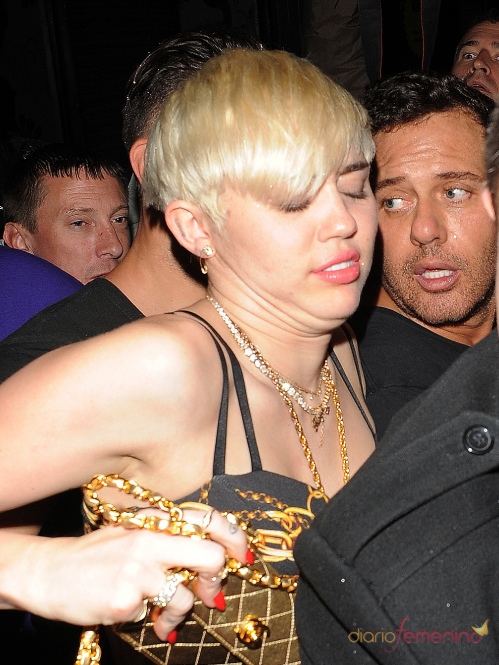 La peor cara de Miley Cyrus: borracha en Londres