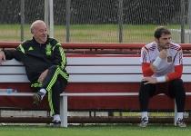Del Bosque e Iker Casillas reflexionan tras la derrota frente a Holanda