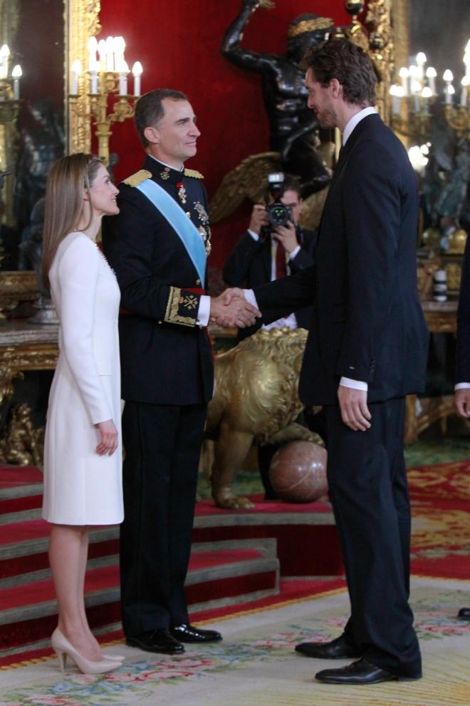 Pau Gasol, entre los invitados al besamanos de Letizia y Felipe