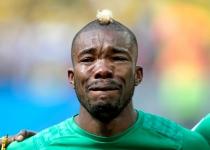 Serey Die, jugador de Costa de Marfil, se emocionó mientras sonaba el himno de su país