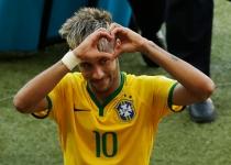 Neymar le dedicó a su novia Bruna Marquezine el pase de Brasil a cuartos