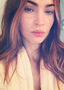Megan Fox, recién levantada y sin maquillaje