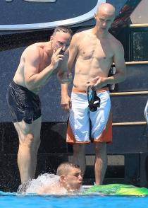Ribery desfasa en Ibiza con unos amigos