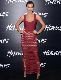 El vestido más feo de Irina Shayk, en la presentación de la película 'Hércules'