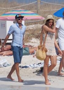Ibiza, el destino elegido por Neymar y su novia Bruna Marquezine