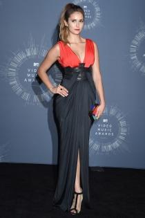 Nina Dobrev, de las únicas que acertaron con su look en los MTV VMA 2014