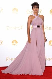 Halle Berry volvió a brillar con su look en los Premios Emmy 2014