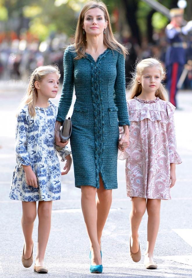 El look de Letizia, Leonor y Sofía en el día de la Hispanidad