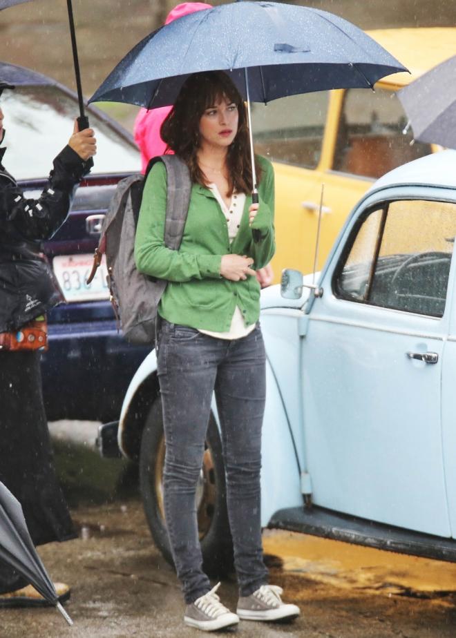 Dakota Johnson, en la grabación de escenas inéditas de 50 sombras de Grey