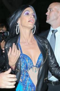 Cindy Crawford se viste de Cher por Halloween