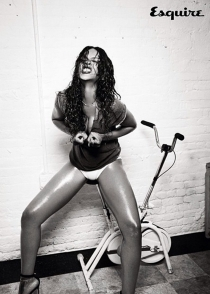 El tipazo de Rihanna, en Esquire
