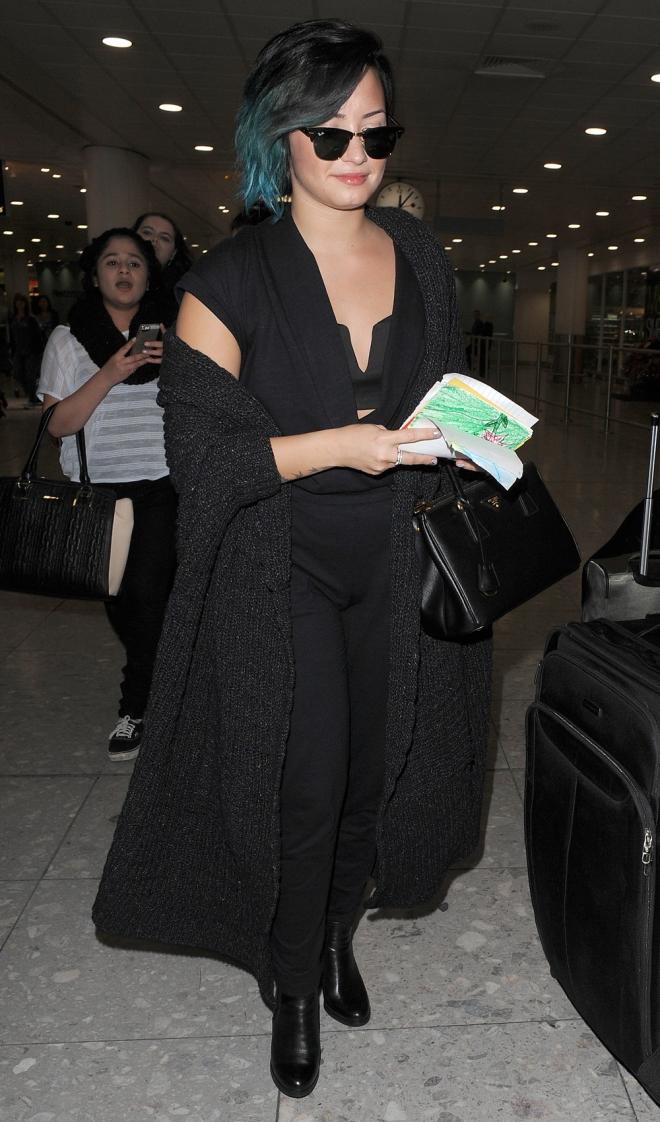 El look más tétrico de Demi Lovato