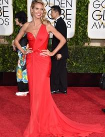 El escotado Versace de Heidi Klum, uno de los looks ganadores de la noche