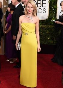 Naomi Watts deslumbró de amarillo con un Gucci en los Globos de Oro 2015