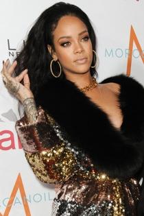 El peor look de Rihanna en una fiesta en Los Ángeles