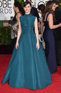Felicity Jones, espectacular en los Globos de Oro 2015