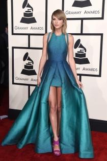 Grammys 2015: Taylor Swift, vestida de Elie Saab