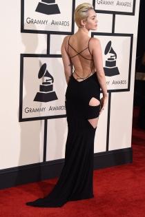 Miley Cyrus, acierta en los Grammys 2015