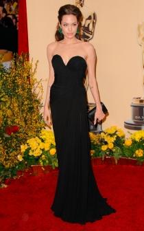 Angelina Jolie confió en Elie Saab en uno de sus mejores looks de Oscar