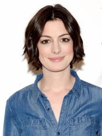 Anne Hathaway ha ido superando poco a poco su timidez