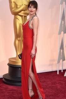 Dakota Johnson no decepciona en los Oscars 2015