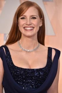 Oscars 2015: Jessica Chastain y su generoso escote