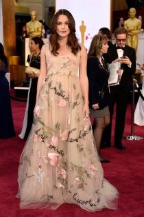 El estilo premamá de Keira Knightley en los Oscars 2015