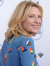 Cate Blanchett, de azul en los Independent Spirit Awards