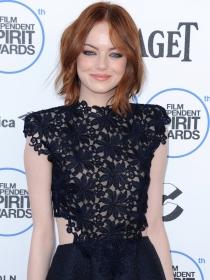 Emma Stone, muy guapa en los Independent Spirit Awards