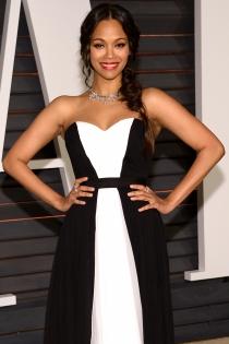 Oscars 2015: Zoe Saldaña, espectacular de blanco y negro en la fiesta de Vanity Fair.