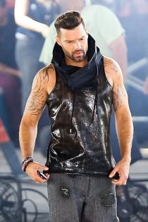 Ricky Martin, macizo y tatuado