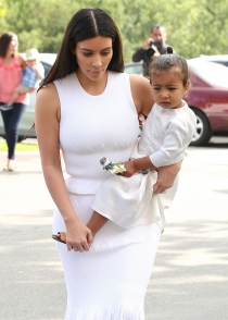Kim Kardashian, orgullosa mamá de North West