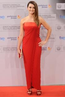 Penélope Cruz, rojo pasión