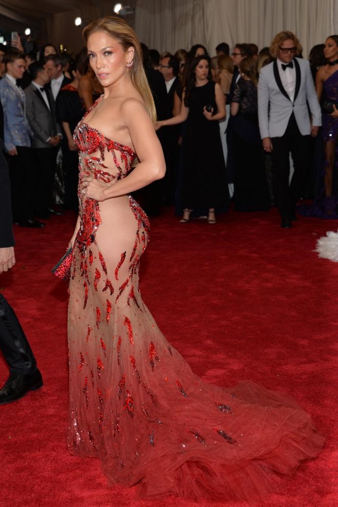 537afa3dc MET Gala 2015  Jennifer Lopez