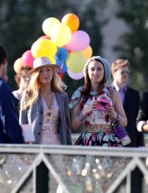 Gossip Girl: Blake Lively y Leighton Meester, durante el rodaje