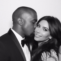 Kanye West y Kim Kardashian, enamorados tras su boda en Instagram