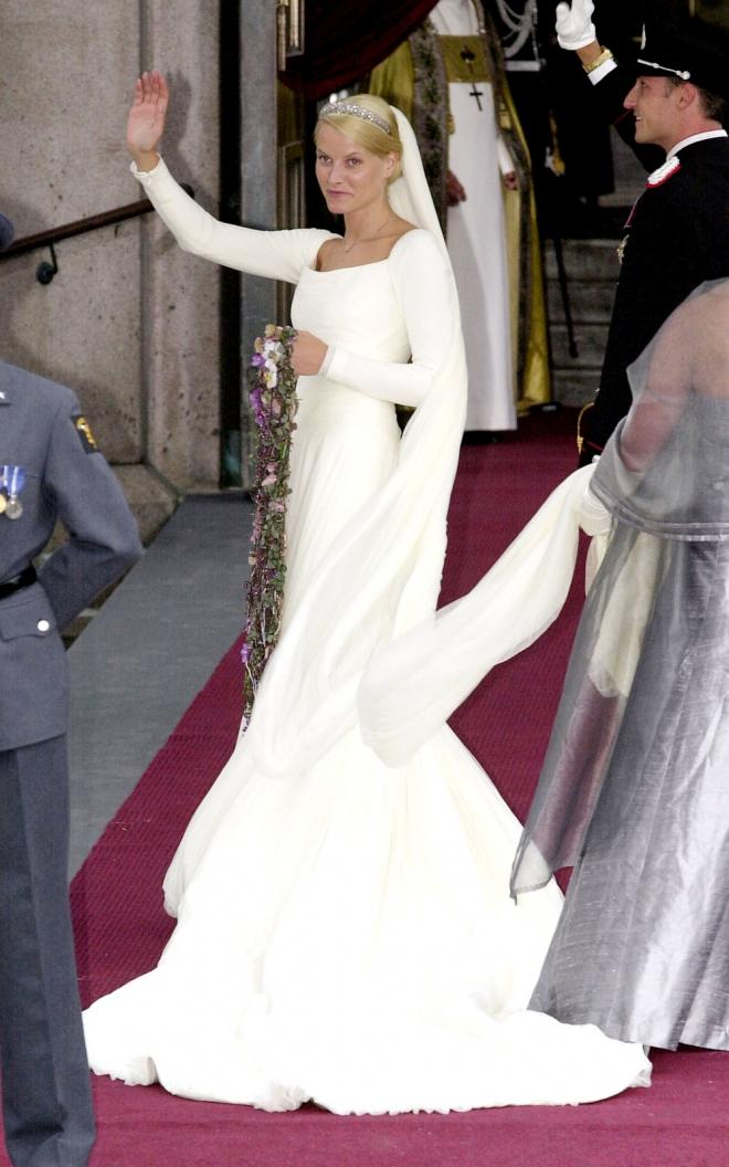 bodas reales: el vestido de novia de mette marit de noruega