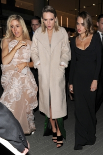 Ellie Goulding y Cara Delevingne, las mejores amigas de Taylor Swift