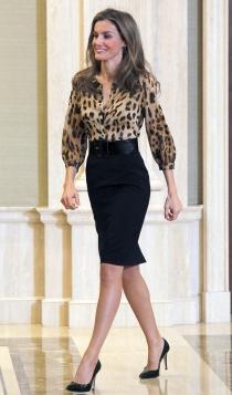 El look más sexy de la reina Letizia con falda de tubo