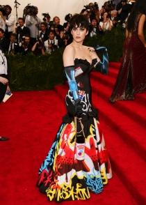 Moschino, la casa encargada de vestir a Katy Perry en el MET