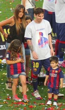 Leo Messi, en familia con Antonella Roccuzzo