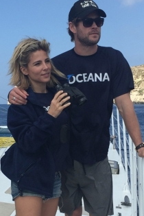 Posado de verano: Elsa Pataky, inseparable de Chris Hemsworth