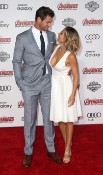 Chris Hemsworth, un toyboy para Elsa Pataky