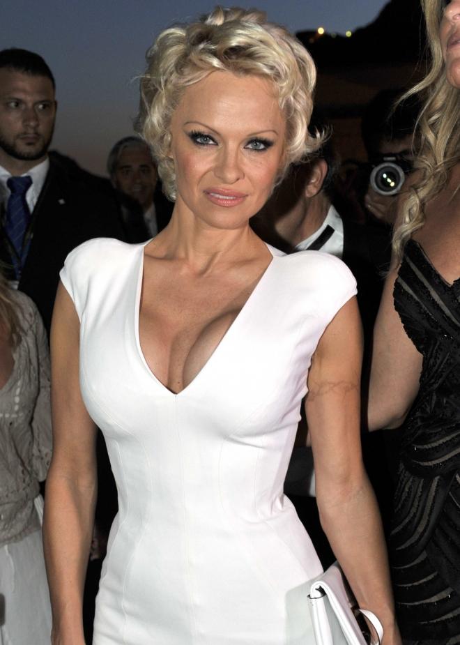Pamela Anderson en ocasiones está demasiado delgada