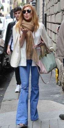 Lindsay Lohan, tirando besos a sus amigos paparazzis
