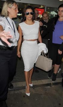 Faldas blancas: la apuesta de Eva Longoria